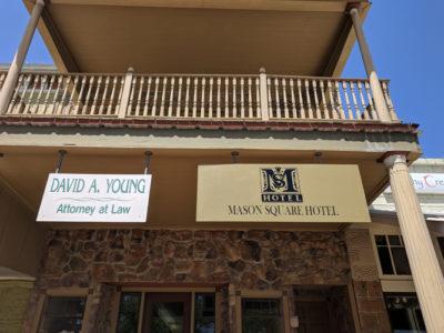 Mason Square Hotel